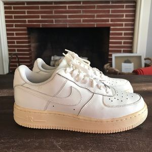 Nike Air Force 1 GS older kids size 5.5 off White